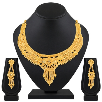 Fashionable 1 Gram High Gold Plated Choker Style Brass Necklace Set For Women