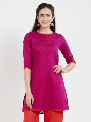 Magenta plain cotton kurta
