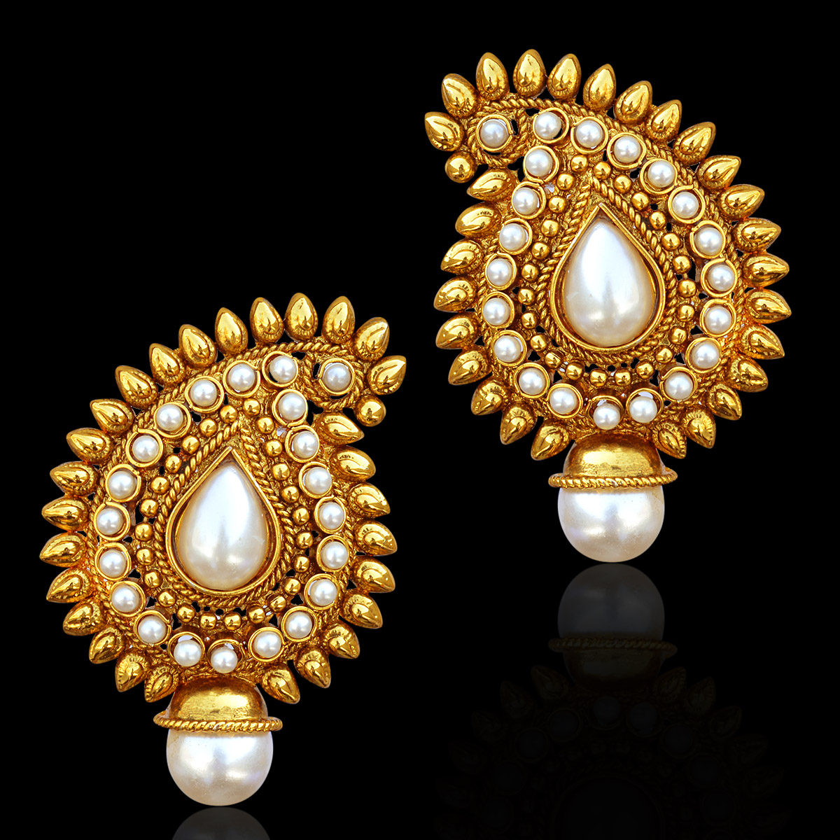 Traditional Indian gold earrings designs