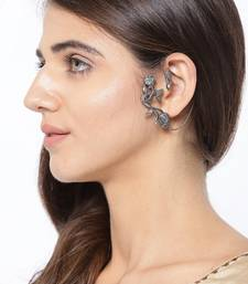 Infuzze Oxidised Silver-Plated Textured Floral Ear Cuff