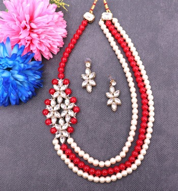 Red diamond necklace sets