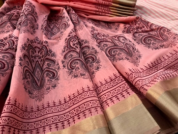 Peach Block Printed Handloom Maheshwari Silk Saree With Blouse