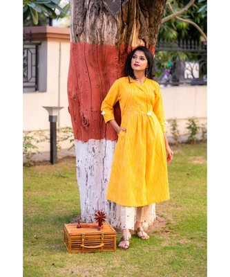 golden Yellow kurta with pearl embellishment