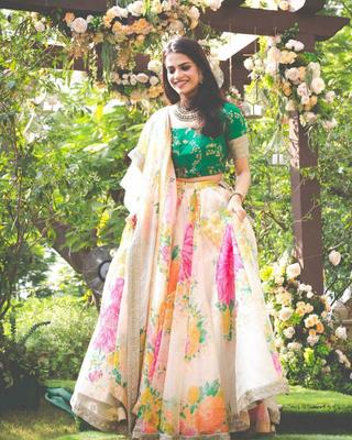 Cream Sequins Embroidered Organza Semi Stitched Floral Lehenga