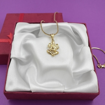Saizen Gold Tone High Quality Pendant With Smooth Finish For Unisex