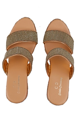 PEACH solid ethnic women footwear