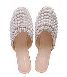White solid ethnic women footwear