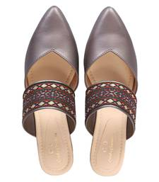 silver colorblocked casual women footwear