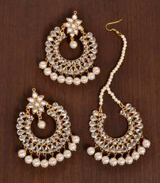 Off-White Pearled Kundan Embellished Dangler Earrings cum Tikka