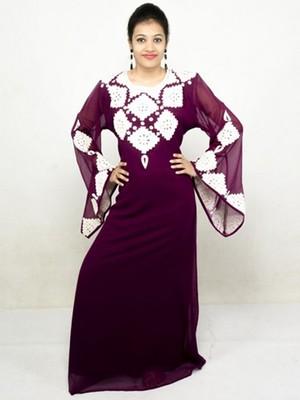 Magenta embroidered georgette islamic kaftans