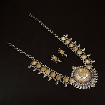 Elegant Brass Oxidisied Silver & Gold Necklace With Crystal For Women & Girls
