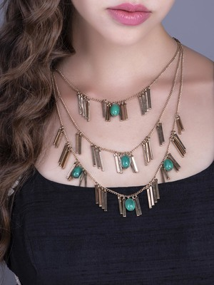 Green Stoned Spyked Necklace