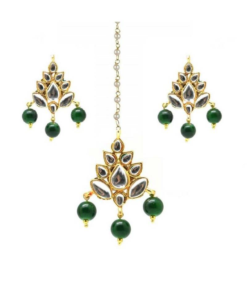 gold plated kundan maang tikka with earrings for women