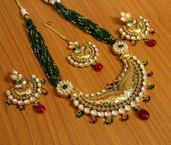 Green ruby  necklace sets