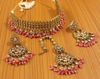 Pink zircon necklace sets