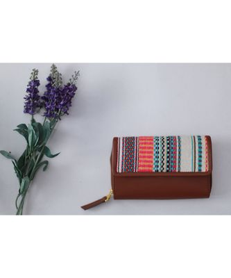 Lively wallet