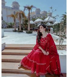 maroon lace border cotton kurta set