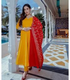 yellow plain cotton kurta set