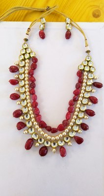 Red And Gold Kundan And Pearls Necklace Set