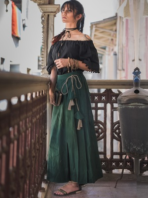 Fantasy Green One Side Pleated Skirt Pant Combo With Jute Hangings