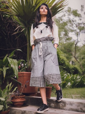 Fantasy Khadi Grey Calf Length Pant Pair