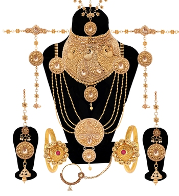 Gold bridal set