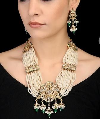 Golden Semi Precious Beads Kundan And Pearl Wedding  Necklace Sets