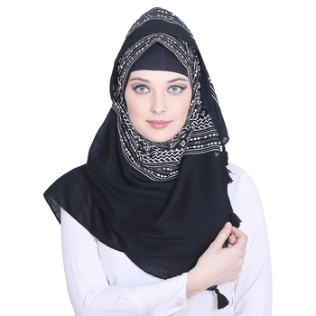 Black printed cotton hijab