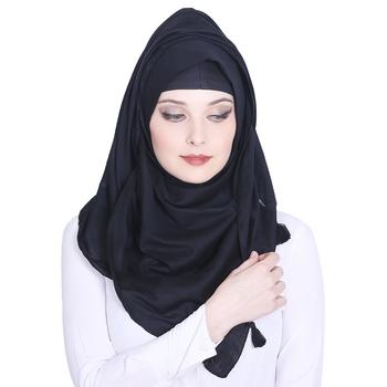 Black plain viscose hijab