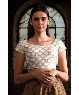 CHANDERI BLOUSE WITH MUGHAL MOTIFS