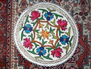 kashmir aari embrpoidered felt weave rug namha 2 feet