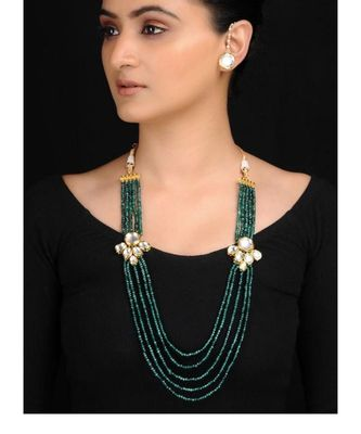 Emerald Kundan Neckpiece With Studs