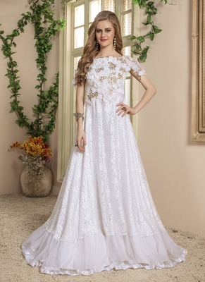 White Embroidered Crepe Islamic Kaftans