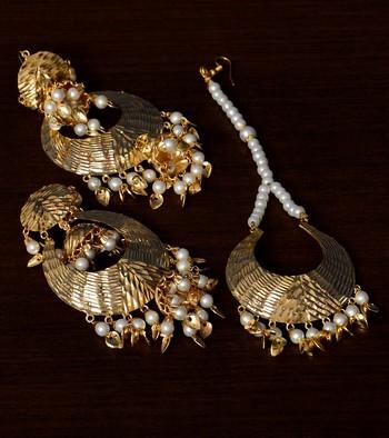 Traditional Look Pearl and Leafy Dangler Earrings cum Maang Tikka