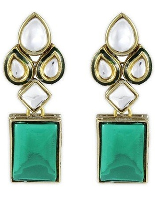 Karatcart Green Modish Kundan Dangle & Drop Earring