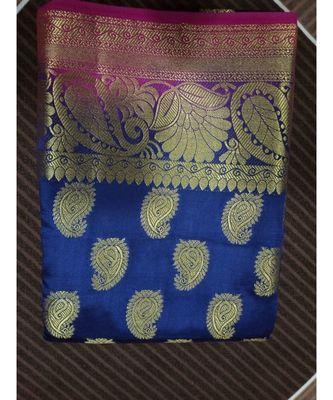 Blue silk blend with paisley motif kanchipuram saree with blouse