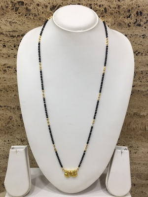 Gold Plated Alloy 2 Vati Tanmaniya Pendant Mangalsutra Black Beads Single Line Layer Long Chain
