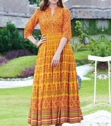 Orange printed cotton cotton kurtis