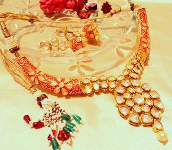 Red Kundan 22K Hasli Necklace Sets