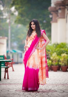 Dark Rose Pink And Orange Shaded Saree In Khadi Linen