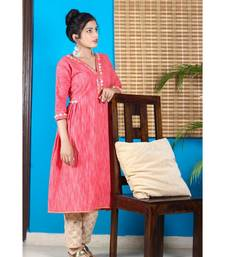 Carrot Red Mandarin Collar With Geometric Design Kurta