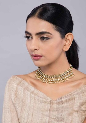 Kundan and Pearls Choker Necklace