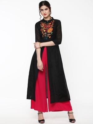 Black Embroidered Front & Side Slit Kurta