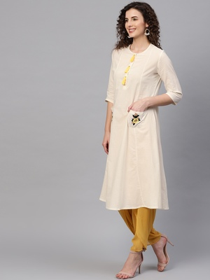 Embroidered Pocket Patch Off-White Kurta