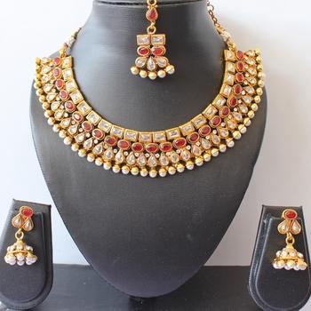 Gorgeous Polki Kemp Necklace Set With Maang Tikka