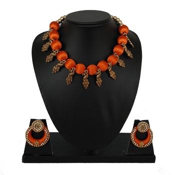 Orange collar-necklace