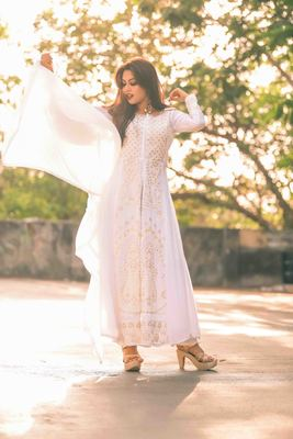 White Georgette Embroidered Semi Stitched Anarkali Suit