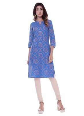 Women's Kurti Blue Foil Print Rayon Straight Fit Kurta