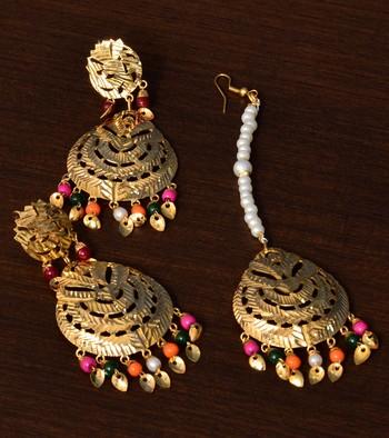 Multi-colored Beaded Leafy Dangler Earrings cum Maang Tikka