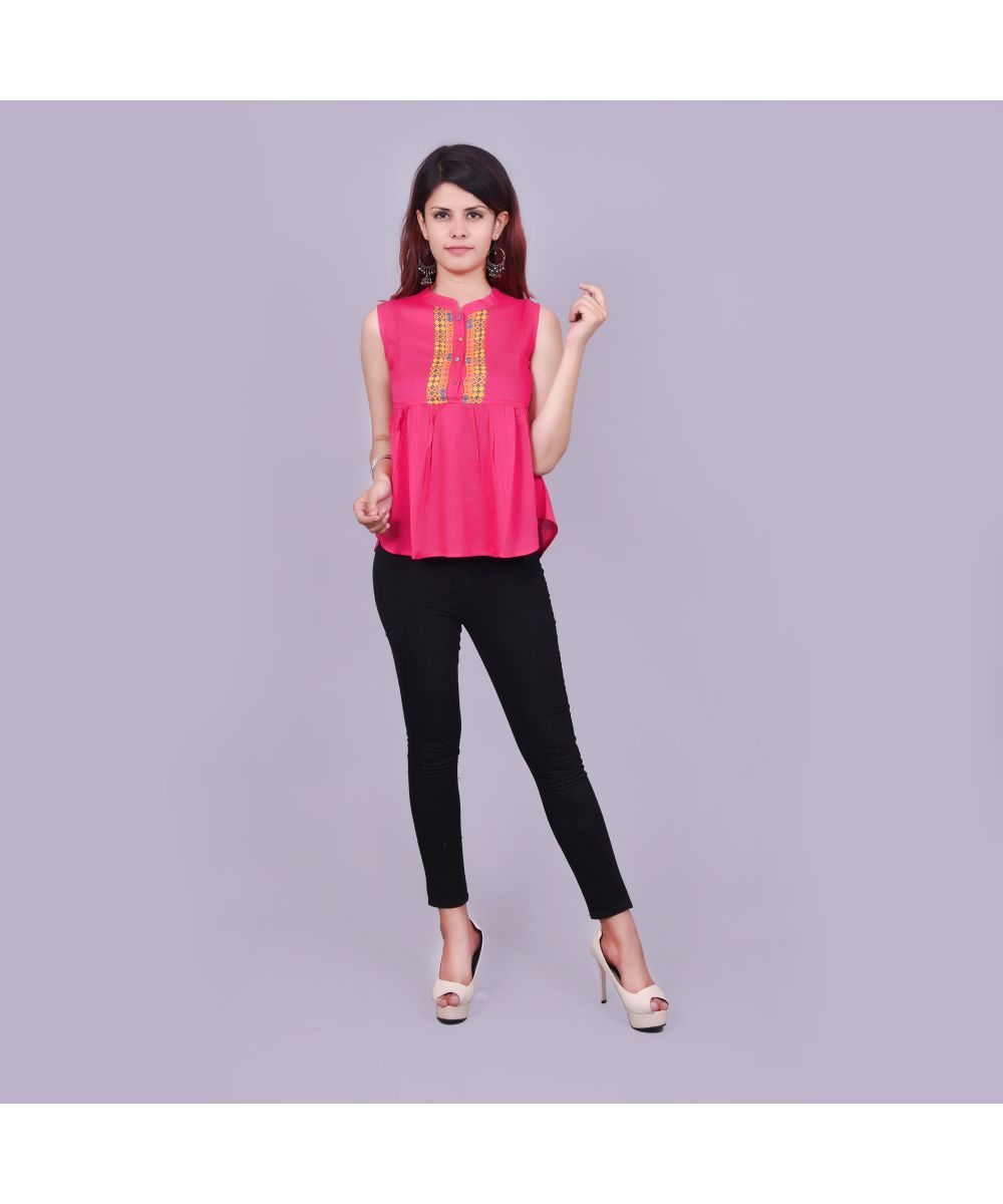 b2ea3411cff Branded Tunics Online, Buy Fashion Printed Tunic for Women / Girls in India